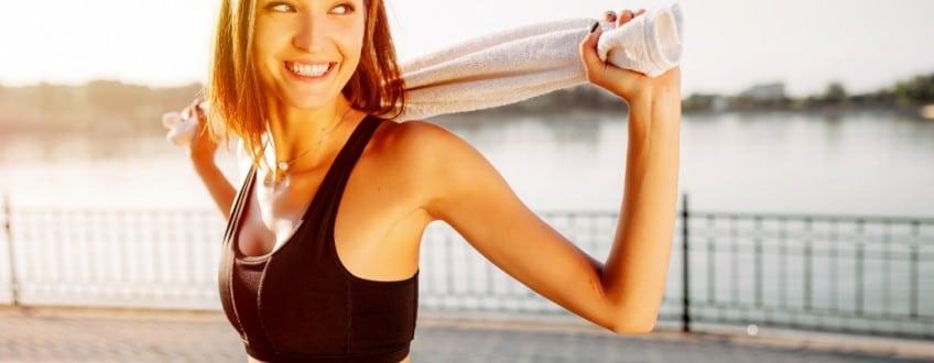 Hoe-word-je-fitter-sterker-en-bouw-je-spiermassa-op-met-fitnessen-en-gezonde-voeding